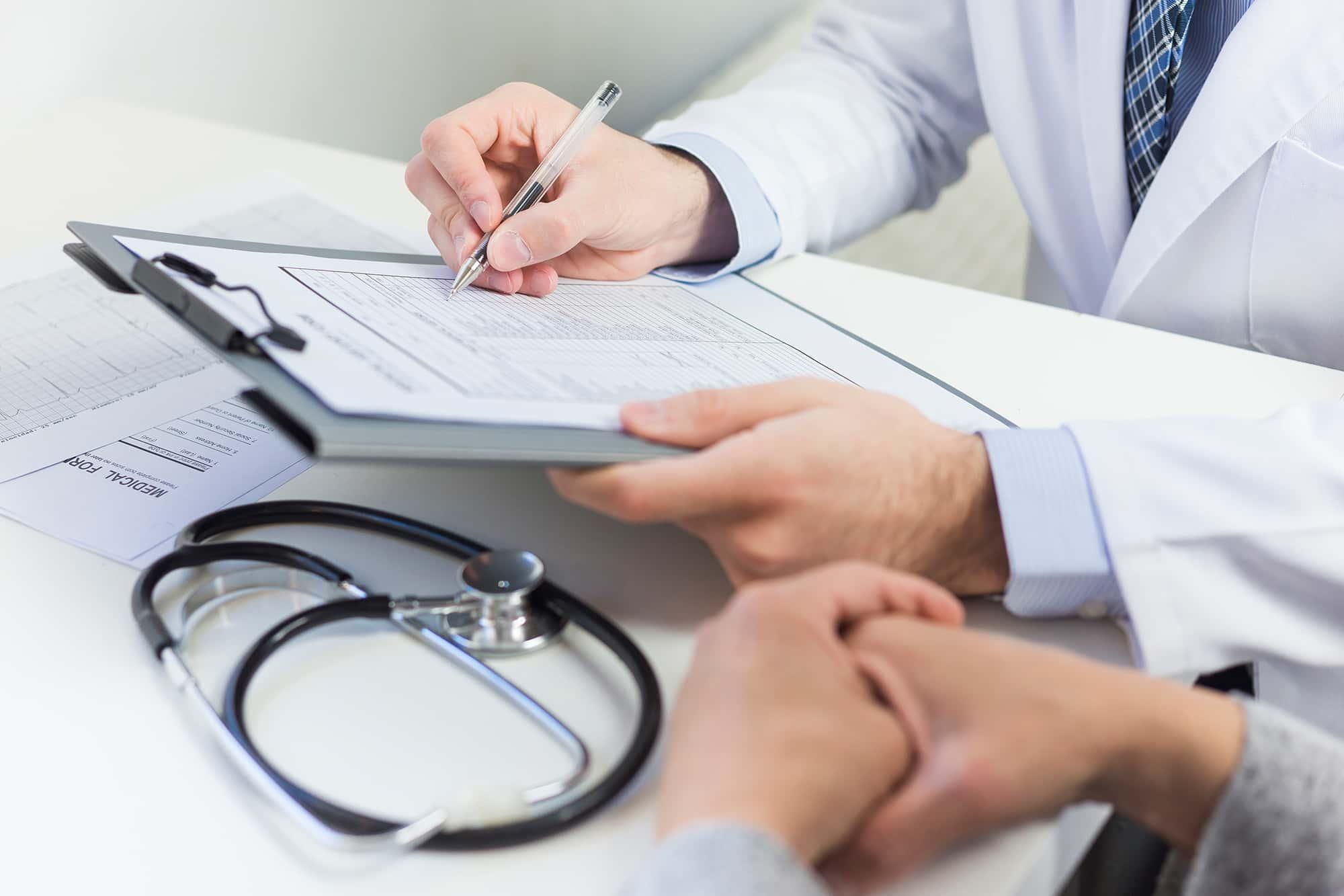 Ritiro di referti medici ed analisi